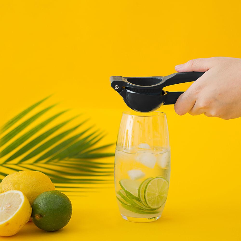 Espremedor de Limão Preto OIKOS